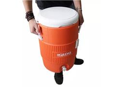 Cooler Térmico Igloo Gallon Seat Top com Torneira Laranja 18,9 Lts - 3