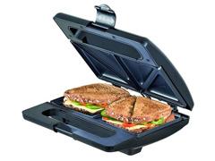 Sanduicheira Elétrica Black&Decker Preta 750W - 2