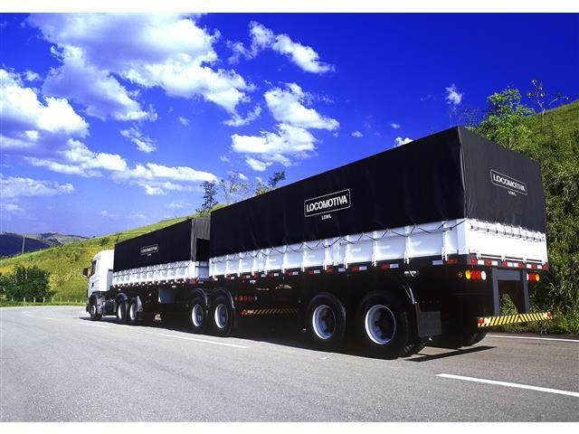 Lona de Cobertura para Cargas Locomotiva Lonil PVC Preta 15x5M