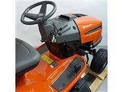 Trator Cortador de Grama Husqvarna TS138L à Gasolina - 2