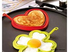 Conjunto Silikomart 2 Moldes para Ovo em Formato de Casa e Coração - 1