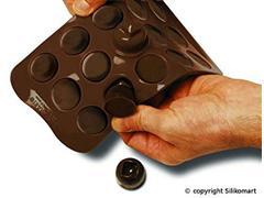 Forma de Silicone para Chocolates Silikomart Fashion Marrom - 3