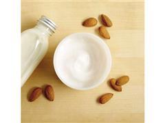 Loção Corporal Yogurt The Body Shop Leite de Amêndoas 200ML - 4