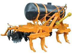 Cultivador Quebra-Lombo com Aplicador de Herbicidas 600 litros DMB