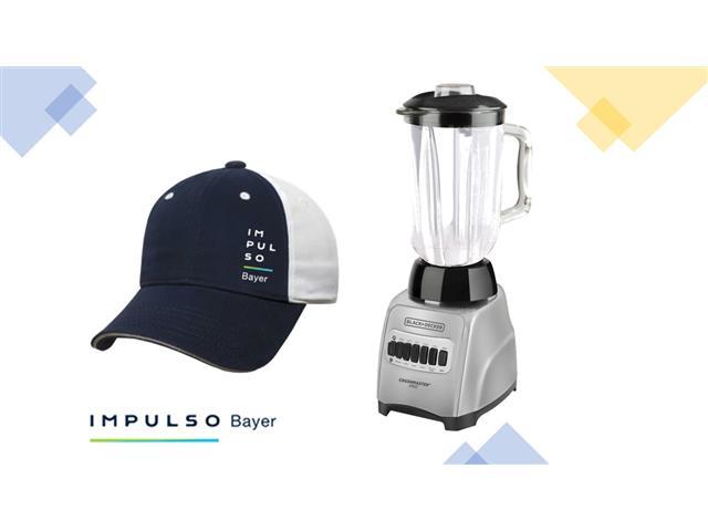 Gorra Impulso Bayer Azul/Blanco  + Licuadora CrushMaster Acero