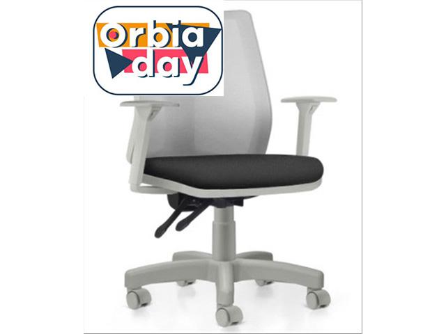 Cadeira Addit Operacional Cinza e Assento Preto Rodízio Piso Duro