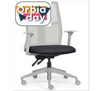 Cadeira Addit Alta Cinza e Assento Preto Rodízio Piso Duro